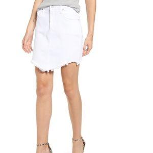 Hudson Lulu Fringe Hem Denim Skirt In White